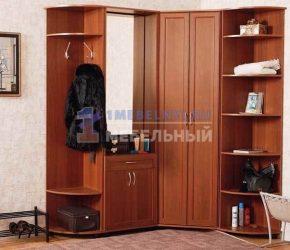 prihozhie-dlya-uzkogo-koridora29